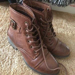 Madden Girl 6 Arnie Brown Booties Shoes Boots